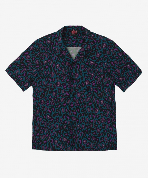 Funky leopard shirt petrol made in Italy in printed fabric 100% viscose hand cotton, 180 gsm available in sizes S,M,L,XL, discover it on our website!