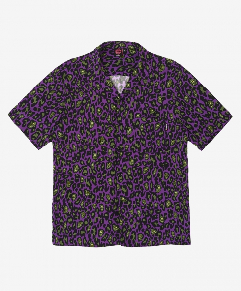 Funky leopard shirt purple made in Italy in printed fabric 100% viscose hand cotton, 180 gsm available in sizes S,M,L,XL, discover it on our website!