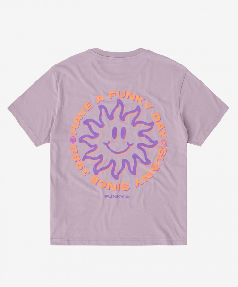Funky sunny tee liliac, Plain jersey 100% spun and combed organic cotton 180 gsm, available in sizes S,M,L,XL,XXL discover it on our website!
