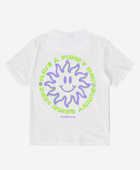 Funky sunny tee white, Plain jersey 100% spun and combed organic cotton 180 gsm, available in sizes S,M,L,XL,XXL discover it on our website!